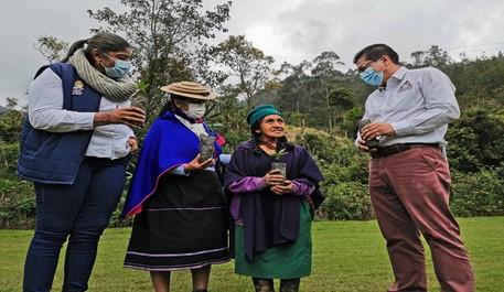 Mujeres caficultoras de Pitayó
